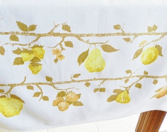 Luther Travis Tablecloth,  Pear Tablecloth,  Fruit Tablecloth,  Yellow Tablecloth, 1950s Tablecloth