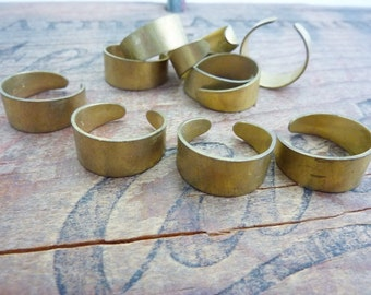Ring Blank Vintage Raw Brass Adjustable Ring Blank (2) K22