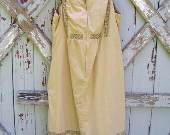 Boho in browns...vintage 1970s dress