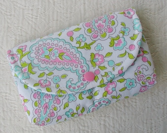 Large Snap Pouch .. Paisley Garden