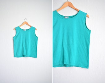 vintage '90s simple EMERALD green MUSCLE TANK top. size m.
