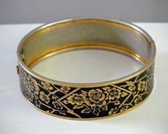 Floral Black Enamel Bracelet Hinged Bangle Locking Vintage