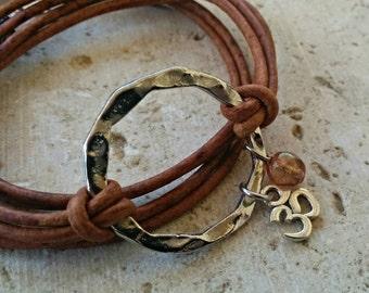 Boho Wrap Bracelet// Bohemian Jewelry// Silver Hammered Disc// Leather Wrap Bracelet// Charm Bracelet// Choose ONE Charm & Leather Color