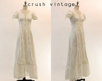 60s Maxi Dress Gunne Sax Black Label Lace XS / 1960s Bohemian Wedding Dress /  Corset Lace Up Maxi Dress