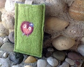Green Sweetheart Retro Owl Recycled Felted Wool and Hemp Phone Case or Sleeve , Eco Friendly Pouch Handmade in USA