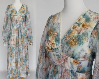 70's Floral Maxi Dress / Empire Waist / Hippie Boho Dress / Long Gathered Sleeves / XSmall to Small