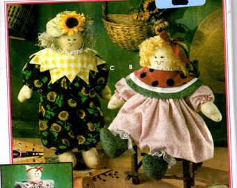 """Simplicity Crafts 8899 Sewing Pattern - 17"""" Stuffed Dolls, Cat and Clothing"""