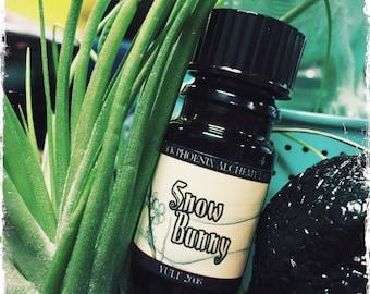 Snow Bunny 2008: Black Phoenix Alchemy Lab Perfume Oil 5ml