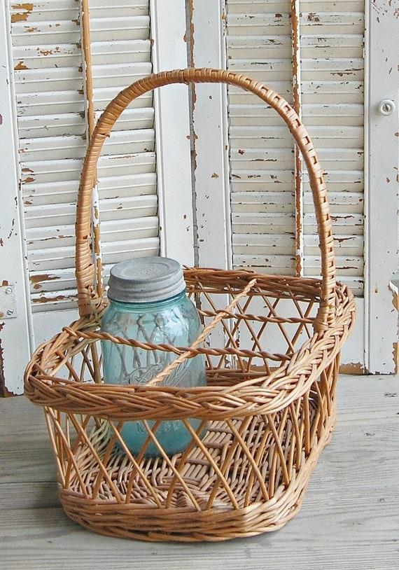 Vintage divided wicker basket wine bottle storage - Divided wicker basket ...