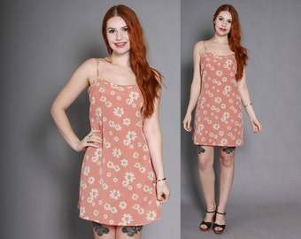 90s DAISIES Print FLORAL Mini DRESS / 1990s Dusty Pink Strappy Sleeveless Dress