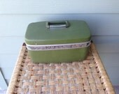 Vintage Samsonite Olive Green Hardcover Overnight Train Makeup Cosmetic Case Suitcase