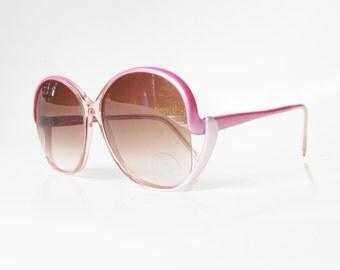 1970s Pink Sunglasses Pearl Vintage Retro Pearlescent Pastel Rose Blush 70s Sunnies Womens Ladies Authentic Deadstock Shine Metallic