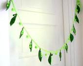Green Pea Garland Kids Room Waldorf Decor