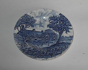 2 Royal Ironstone Blue and White Shakespeares Country Bread Plates