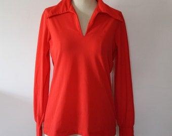 Retro Loungewear Shirt in Hot Red