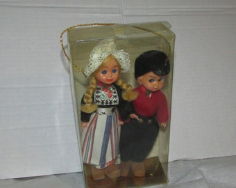 Made in NETHERLANDS  Vintage DOLL Ethnic FOREIGN Travel 1950s Hard Plastic Pair Wooden Shoes Dutch