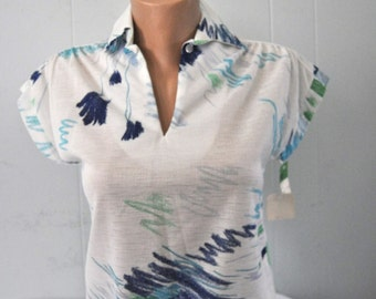Sweet Polyester Shirt by Jane Holly textured White Blue Funky Scribble Design tropical summer 70s Comfy Womens Size 10 Ladies Small Medium
