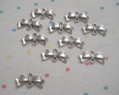 Antique Silver Bow Connector Charms (20)