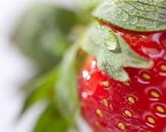 1 oz Strawberry Fragrance oil in amber glass bottle