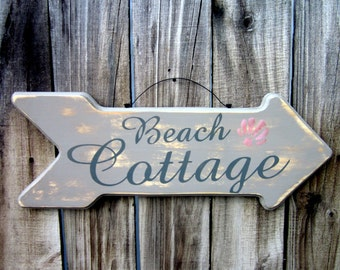 Beach Cottage Sign, Painted Wood, Beach House Sign, Wood Arrow, Distressed, Cottage Chic, Nautical Decor, Seashell, Gray, Hand Painted
