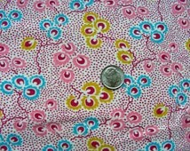 Vintage FEEDSACK Flour Sack Cotton Quilting  Fabric  // Beautiful Pink and Yellow Tiny Print Floral Design   //   36 x 50