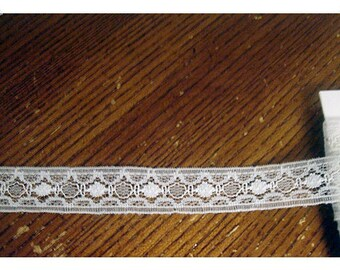 Lace Trim- Vintage/Off White/ 7 yards/ Craft Supplies (#040)*