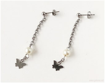 Tiny Butterfly Chain Earrings with Cream Pearls, Stainless Steel, Dainty