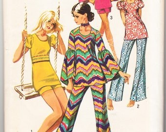 Vintage 1971 Simplicity 9422 UNCUT Sewing Pattern Young Junior's, Teen's Bell Bottom Pantsor Shorts and Tunic Size 13/14 Bust 33-1/2