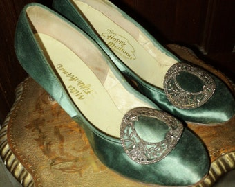 FINAL SALE Vintage Shoes Emerald Silk Pumps with Cut Steel Buckle Adornment Lucite Heels Wearable Size