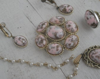 Vintage Necklace Pin and Earring Set Pink Swirl