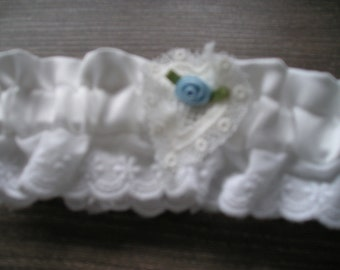 Garter white with blue rose