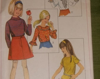 Girls 4 Style Blouses Pattern / 1967 / Size 8