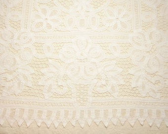 Lovely Antique Handmade White Flower Pot Design Battenberg Lace Table Topper or Centerpiece - 32 x 31 Inches
