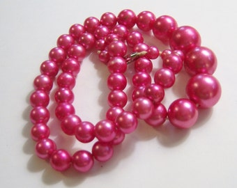 vintage fushia pink single strand beaded necklace 14IN