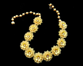 1950s utterly charming & rare vintage Coro necklace - Nostalgic yellow celluloid floral necklace with AB rhinestons - art.815/3 -