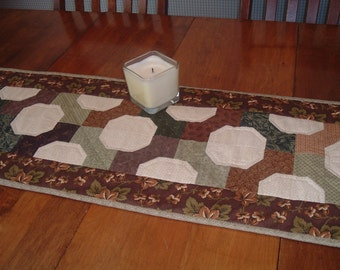 Hand quilted table Runner in Earth Tone Colors