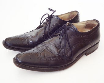 Black Leather Wingtip Mens Shoes Sz 9.5 Nice Shape