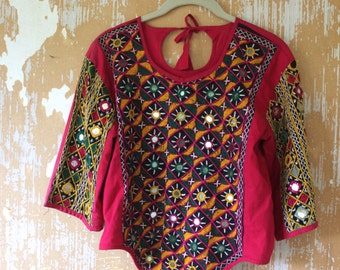 vintage. Festival Indian Cotton Embroidered Top // S to M // Music Festival Blouse Bohemian Gypsy