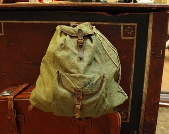 Antique travel Bag, green khaki bag, vintage bag, tourism, tourist