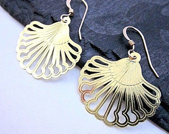 Laser Cut Earrings -- Everyday Gold Earrings -- Small Gold Dangle Earrings -- Thin Gold Earrings -- Gold Fan Earrings -Gold Scallop Earrings