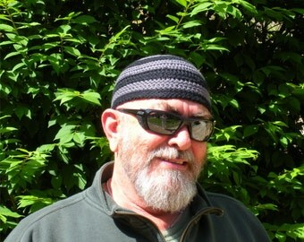 Mens Cotton Cooling Cap™ Crocheted in Big Band Stripes of Armor Gray and Black