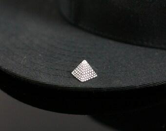 Pyramid Pin
