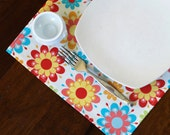 Placemats, Oilcloth placemats, Laminated Cotton placemats, bright flowers on cream; choose your set size; buy more save more