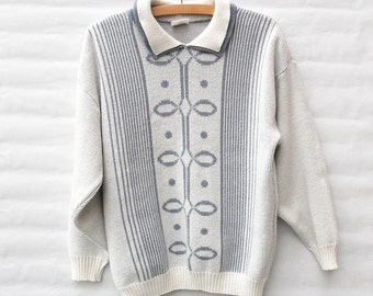 Vintage Knit Jumper / Sweater - White and Grey