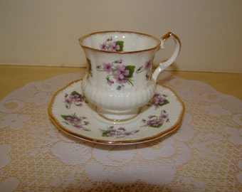 Tea Cup, Elizabethan Teacup and Saucer