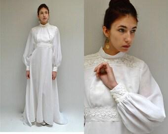 70s Wedding Dress  //  Long Sleeve Wedding Dress  //  BELGIUM BEAUTY