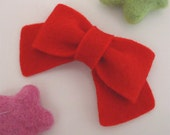 NO SLIP Wool felt hair clip -classic bow -red (pick size and colour)