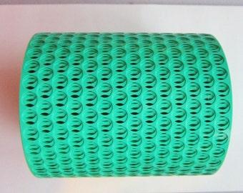 punchinella - 15 yards GREEN - polka dots stencil material
