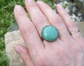 Sale - Filigree crown Ring with Green Aventurine Gemstone Cabochon, Adjustable band, Gypsy Ring, Rustic Jewelry