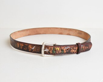 Vintage 70s LEATHER BELT / 1970s Painted Wolf Forest Scene Tooled Belt Silver Buckle, L